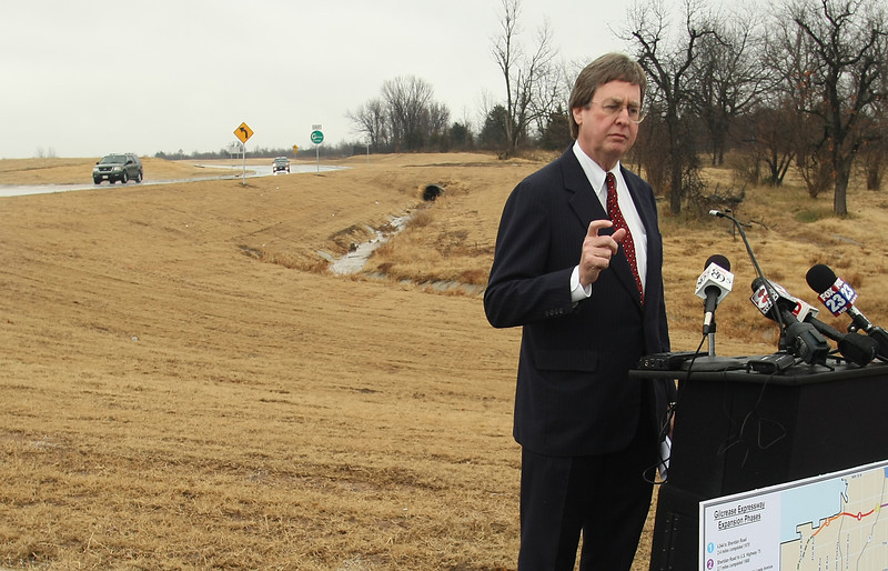 Tulsa Mayor Dewey Bartlett dedicates a section of the Gilcrease Expressway in north Tulsa.