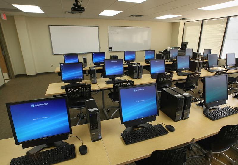 One of the computer rooms at the Tulsa Community College Glenpool campus building.
