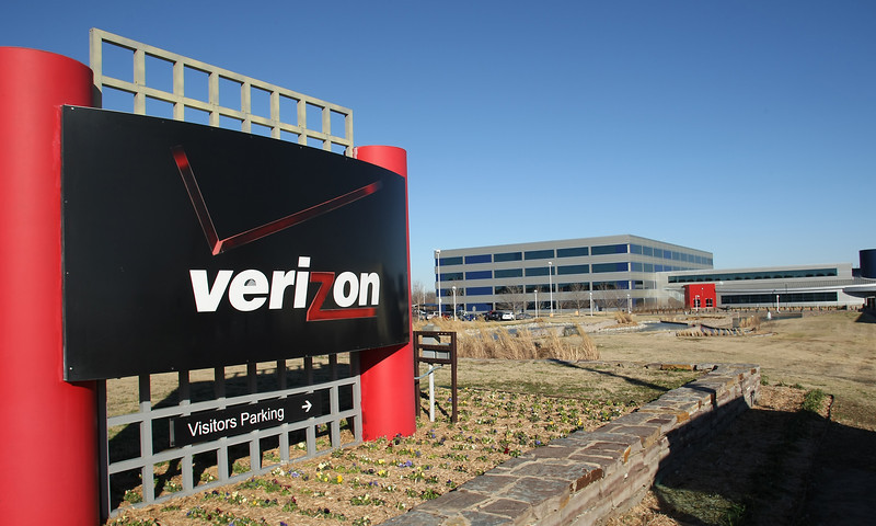 Verison Wireless Verizon announced that it will create a financial services hub at its facility in Tulsa, adding 500 new jobs.