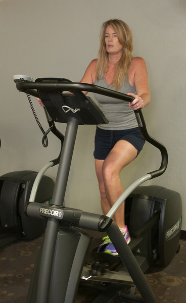 Terresa Davis using the gym at American Fedility in Oklahoma CIty, OK.