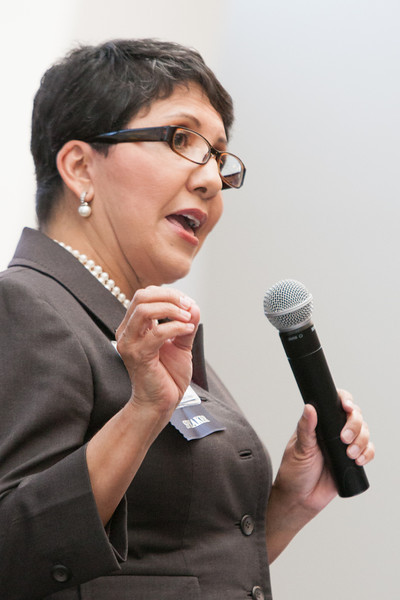 Angeles Ortega-Moore with the Denver Regional Census Office spoke at ISC Hispanic Markets conferance.