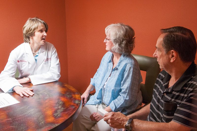 Dr Lisa Landrum works with a patient diagnosed with cancer at the Stephenson Cancer Center at OU Medical in Oklahoma CIty, OK.