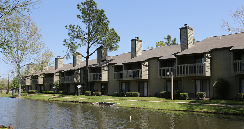 An affiliate of Capital Assets sold the Sand Dollar Apartments, 910 E. 61st St. in Tulsa, for $9.7 million to a pair of Los Angeles companies.