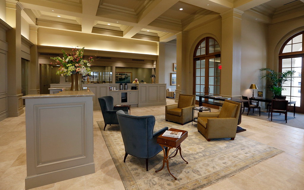 The main lobby of the Grand Bank building in South Tulsa.