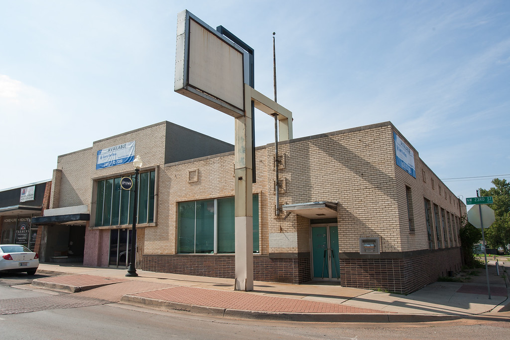 David Box has purchased property at 602 NW 23rd Street in OKlahoma City, OK.