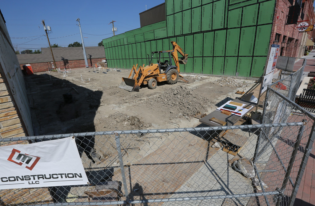Construction continues at the site of the Andolinis Pizza restaurant in downtown Broken Arrow.