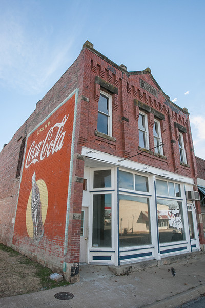 The new home of Stroud Arts in located in downtwon Stroud, OK.