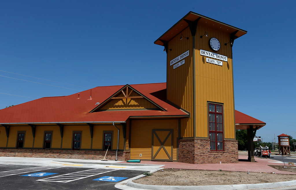 Construction is nearing completion on the Dental Depot located at 1950 W Kenosha in Broken Arrow.