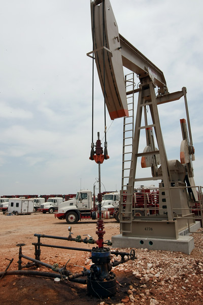 Production per well in Mississippi Lime sometimes average less than other plays but countering these lower production numbers are the advantages of lower well costs and increased access to infrastructure, operator's say.