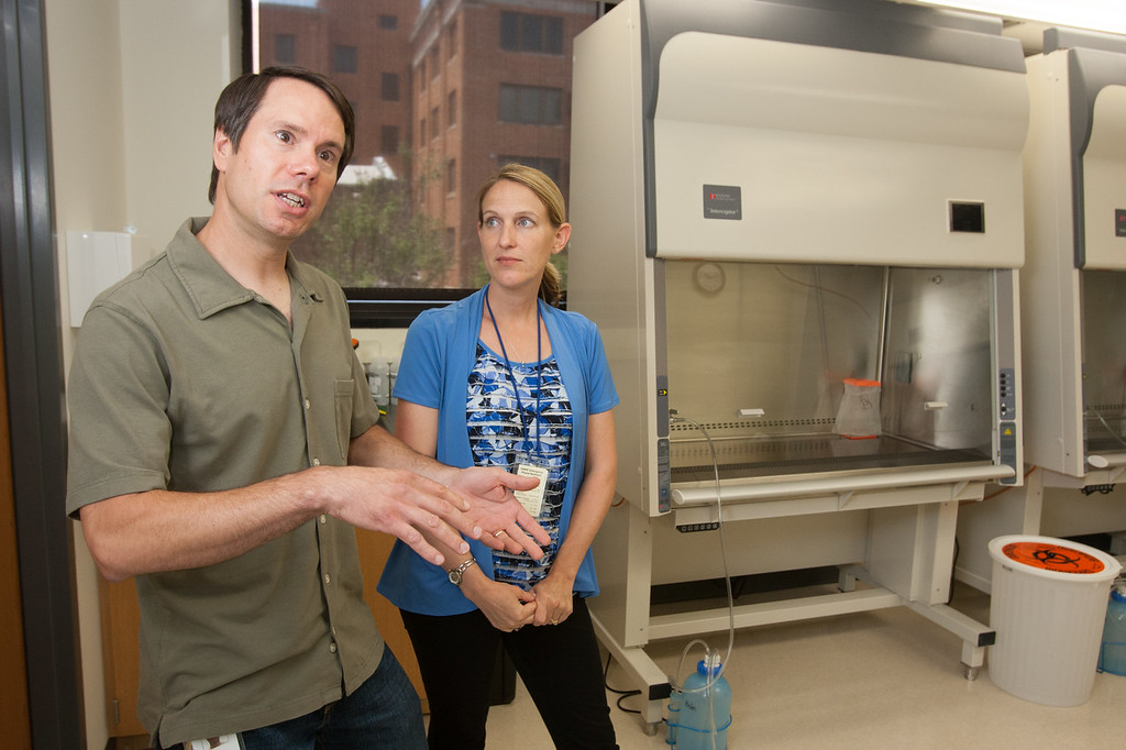Wife and husband cancer research team, Alana Welm, Ph.D., and Bryan Welm, Ph.D., joined their laboratories when they came to Oklahoma Medical Research Foundation. The two will collaborate with physicians at the Stephenson Cancer Center to create new, personalized treatments for breast cancers.