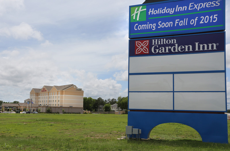 The site of the future Holiday Inn Express is directly North of the existing Hilton Garden Inn near the I-44 and Yale intersection in Tulsa.