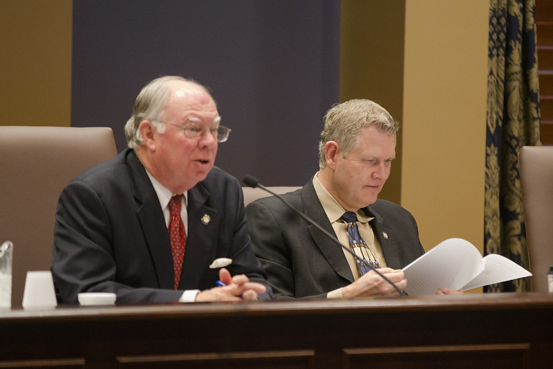 Sen. John Ford and Sen. Gary Stanislawski at the Senate Education Comitee meeting.