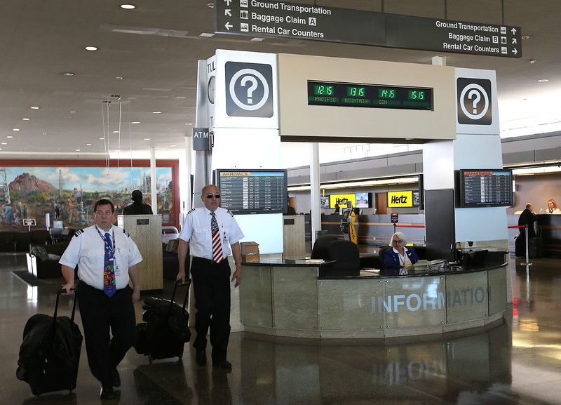 The Tulsa International Airport departure lobby.
