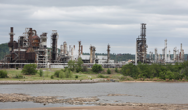 The Holly refinery in Tulsa. <br /> <br /> The Arkansas River in the foreground