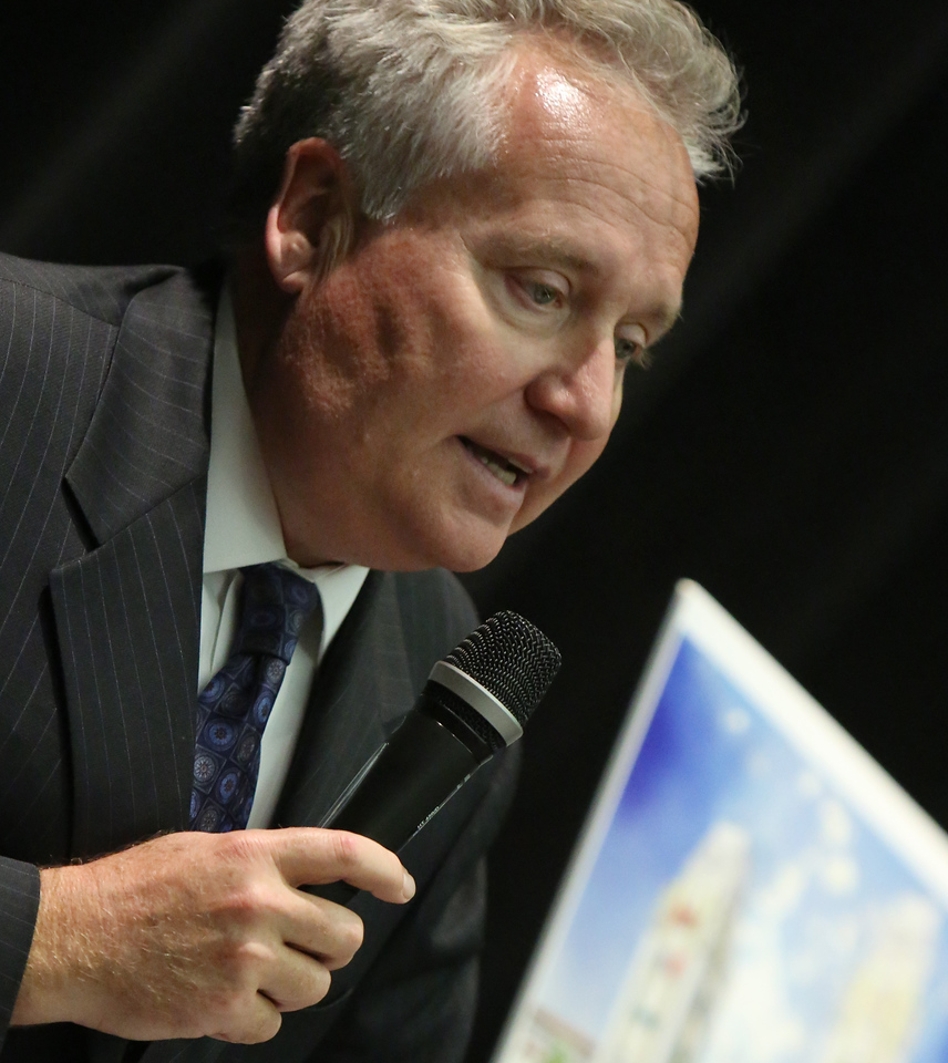 Gary Skoie, CEO of Horizon Group Propertiies, gestures during a press conference announcing the companies intent to build an outlet mall in Tulsa.