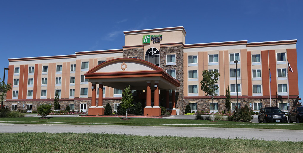 The Holiday Inn located at 8405 E. 102nd Street in Bixby has recently sold for $xxxx.oo