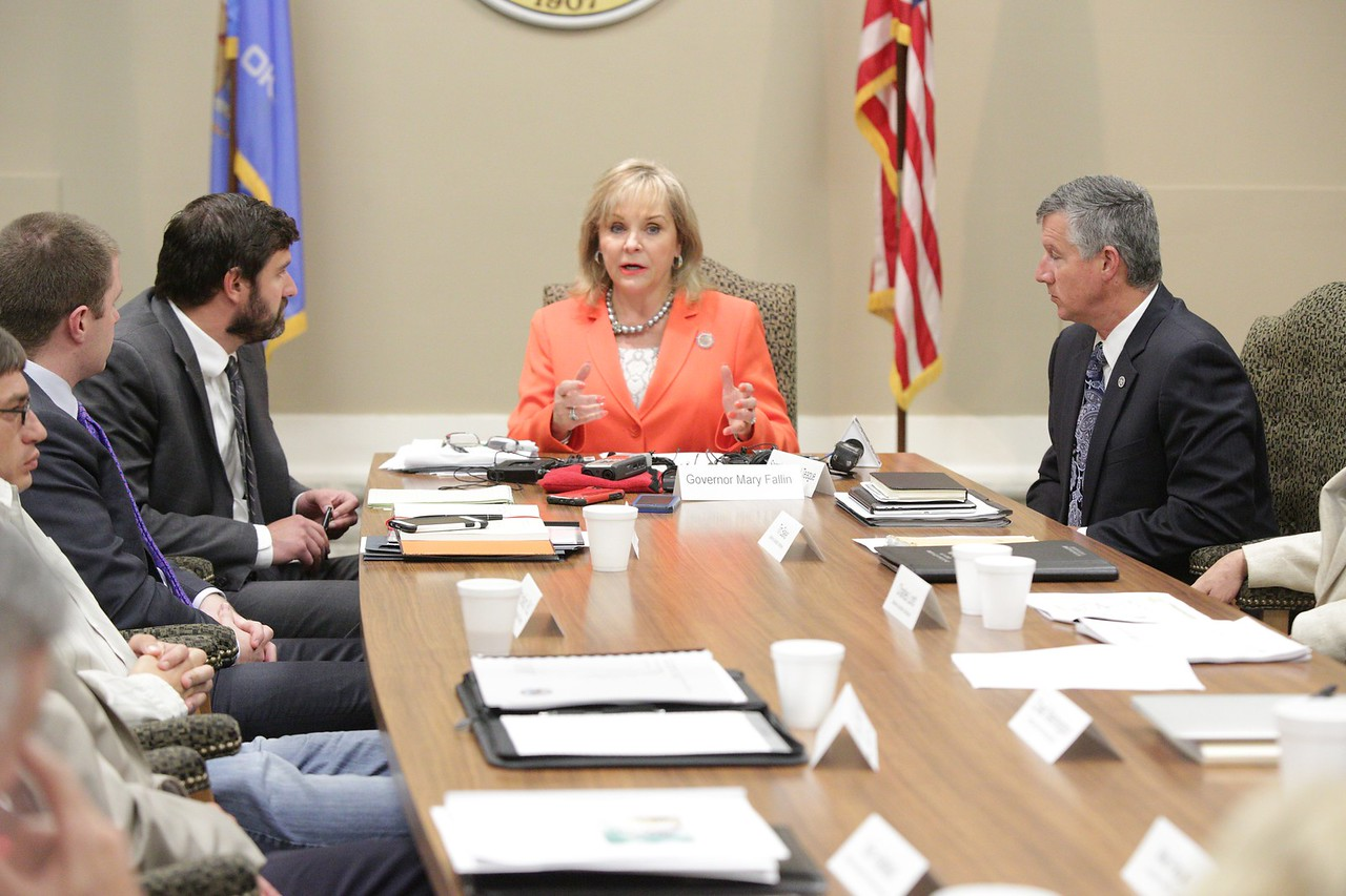 Governer Mary Fallin met with her Seismic Coordinating Council at the Oklahoma State Capitol.