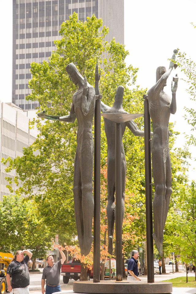 A new public art installation was erected at N Robinson and Main in Oklahoma CIty, OK.