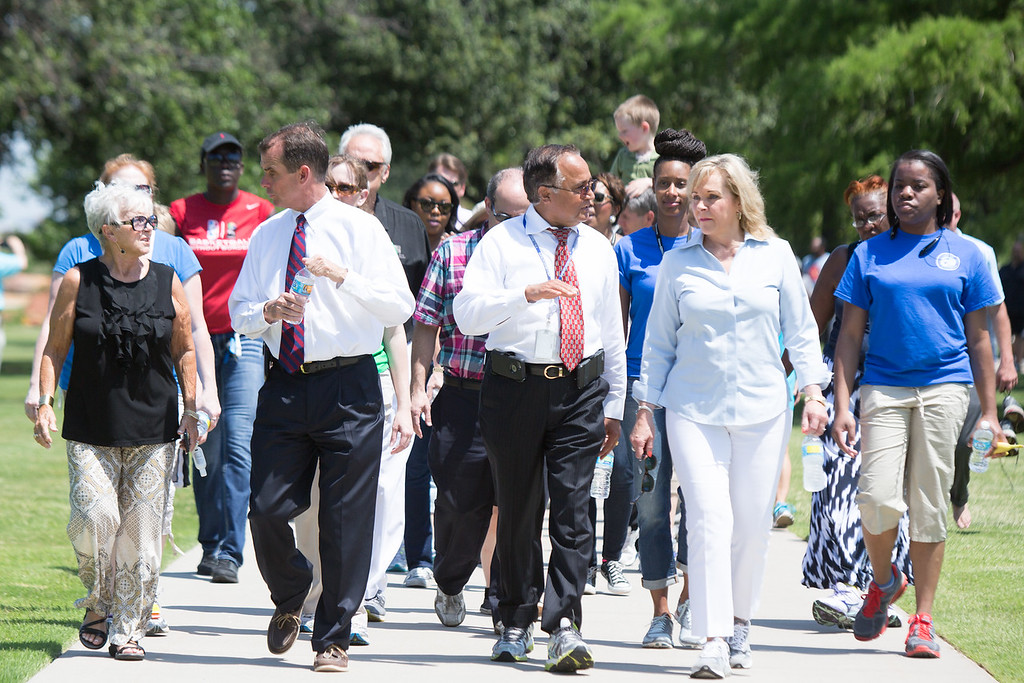 Gov. Mary Fallin leads a crowd around the Oklahoma Capitol Complex for the Governer's Walk for Wellness.