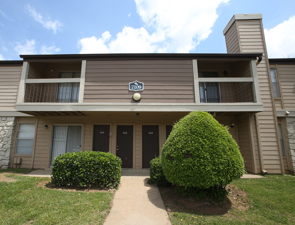 The Eagle Point Apartments in South Tulsa.
