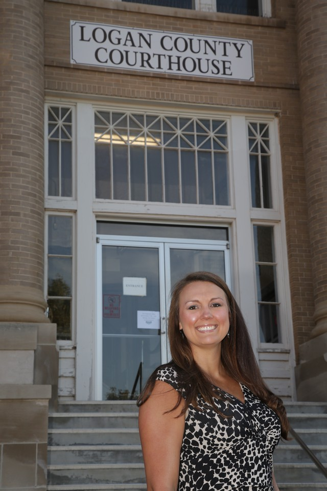 Attorny Diane Vaughan at the Logen County Courthouse in Guthrie, OK.