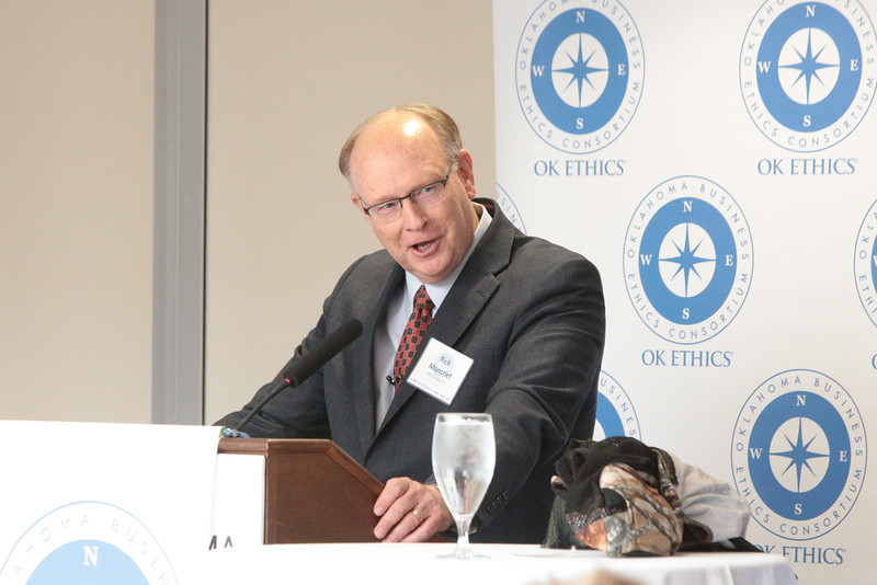 Rick Muncrief, President and CEO of WPX Energy, speaking before a meeting of the Oklahoma Business Ethics Consortium.