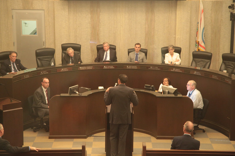 Economist Russel Evans speaking to the Oklahoma City Council.