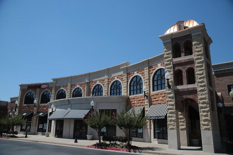Rustic Cuffs is opening a location in Spring Creek Village in Edmond, OK.