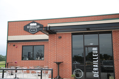 Derailluer wine bar has opened at 10 W Main in Yukon, OK.
