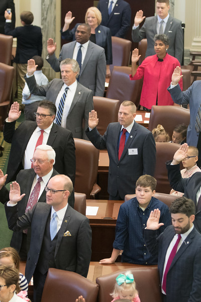 Repersenitives in the Oklahoma State House take their oath of office at the Oklahoma State Capitol.