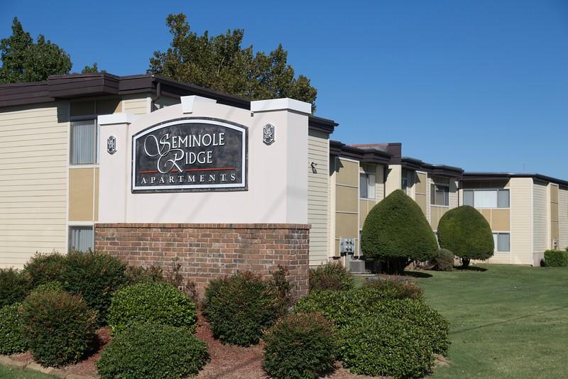 Seminole Ridge Apartments located at 125 W I-240 Service Road in Oklahoma Cit.