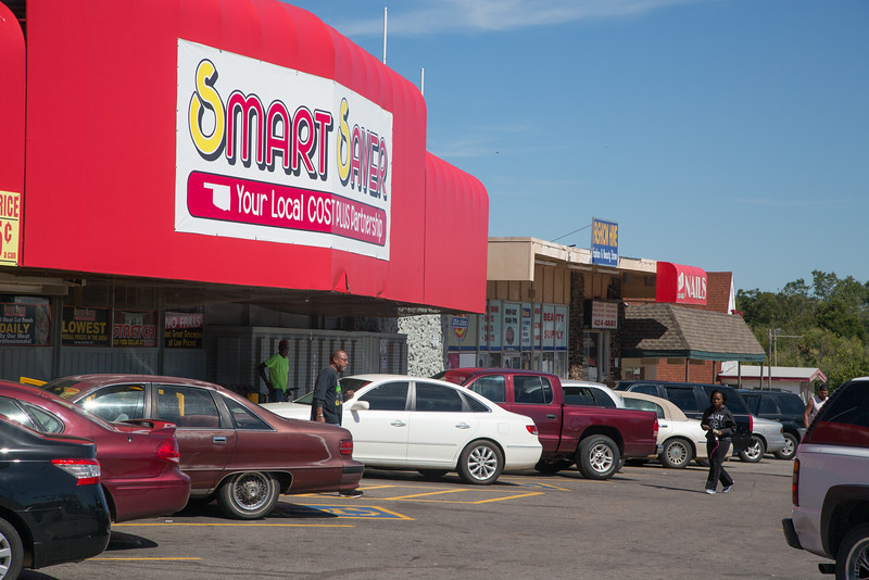 Smart Saver grocery story at NE 23rd Street amd MLK Blvd in Oklahoma CIty.