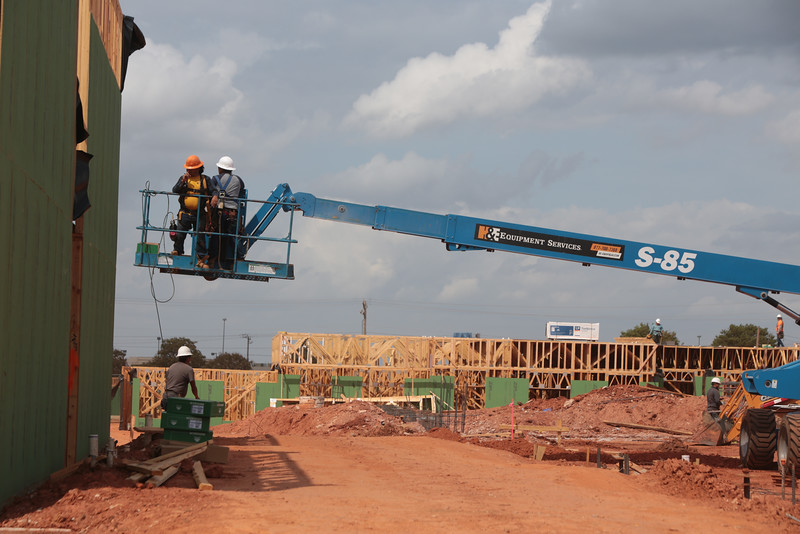 Construction of Chisholm Creek Apartments licated at N Blackwelder Ave and Memorial Rd in Oklahoma City.