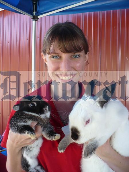 girl_andtwo_rabbits