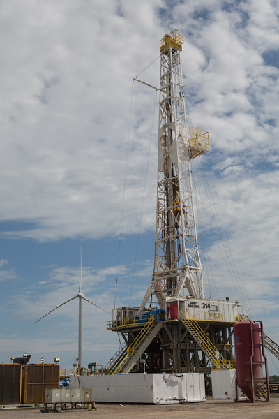 A Unit Drilling rig located near Minco, OK.