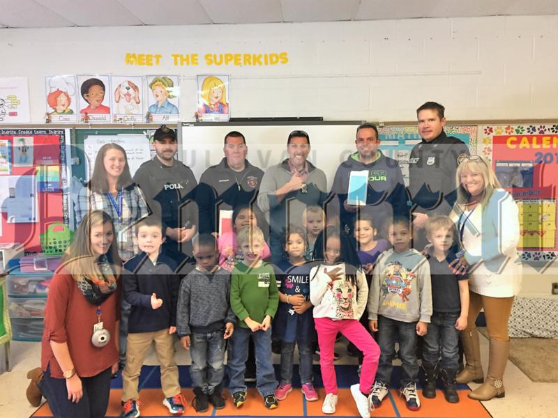 12 08 16 kindergartners say thanks