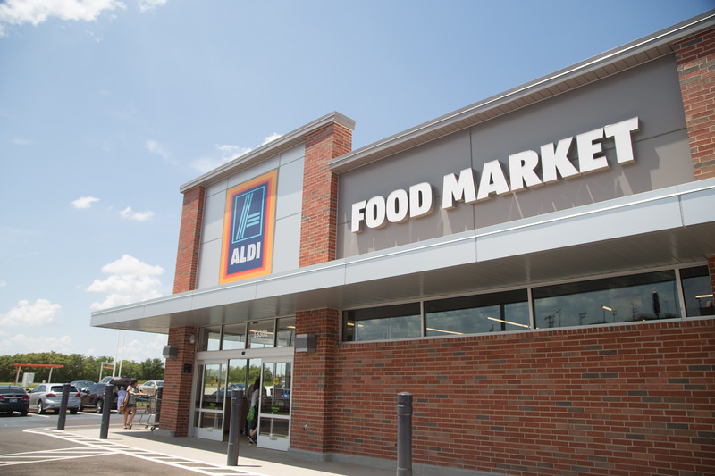 ALDI supermarket located at 13301 N Pennsylvania Ave in Oklahoma City, OK.