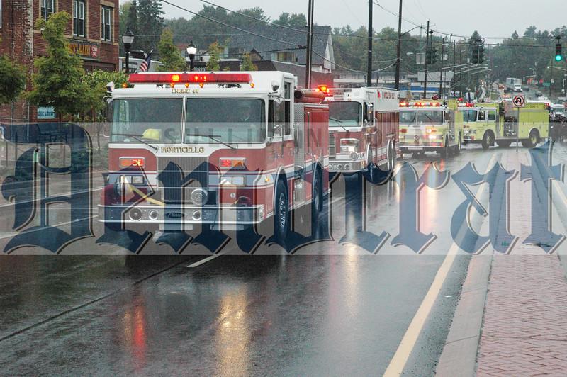 DH - Monticello Firemen's parade 2014_4240