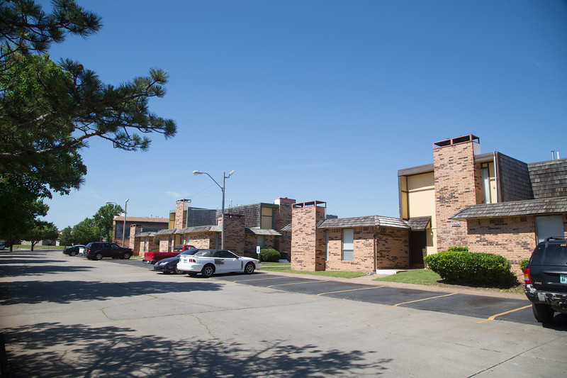 The Sunnyview Apartments located at 4500 Sunnyview Drive in Del City, OK.