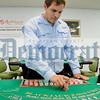 3-PR-CasinoDealerSchoolMonti_IMG_4213