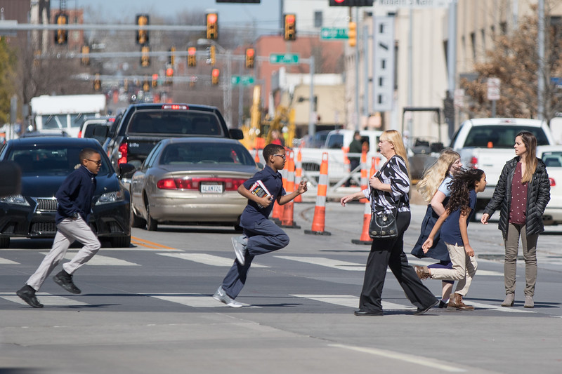 Students from Rex Elementry School cross the street on the way to the Downtown Oklahoma City Library.