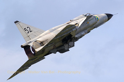 "The Swedish Air Force Historic Flight's AJS-37 Viggen (52-7, ""SE-DXN"", cn37098), performs a spectacular take-off at Zeltweg Air Base (Airpower16)."