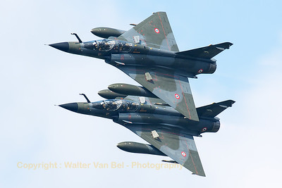 """""""Ramex Delta"""", two French Air Force Mirage 2000N's (125-BA; 342; cn284) from EC2/4 """"Cigogne de Romanet"""" & (125-BC; 366; cn360) from EC2/4 """"Lévrier"""", performing their display in a very tight formation, during the Belgian Air Force days 2014."""