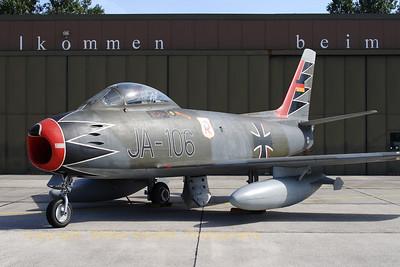 GAF_Canadair_CL-13B-Sabre-6_JA-106_cn1664_ETNT_20080730_CRW_11395_WVB_2800px