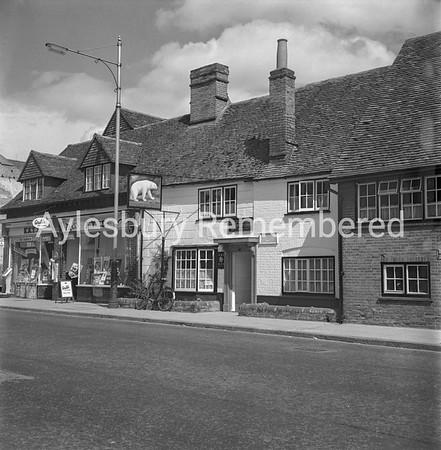 Bear, Walton Street, 1963
