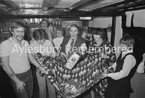 Charity bottle smash at Bricklayers Arms, Nov 1982