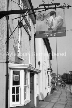 Bricklayers Arms, May 1984