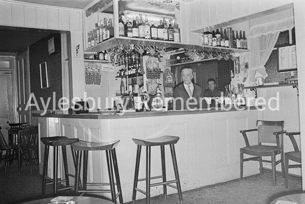 County Arms, Feb 1976