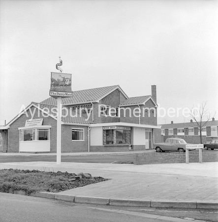 Dairy Maid, Dunsham Lane, Dec 10 1966