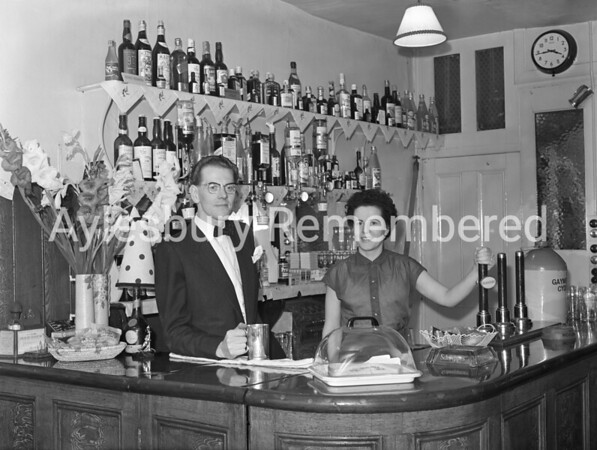 Mr & Mrs Lilley of The George, Aug 1957